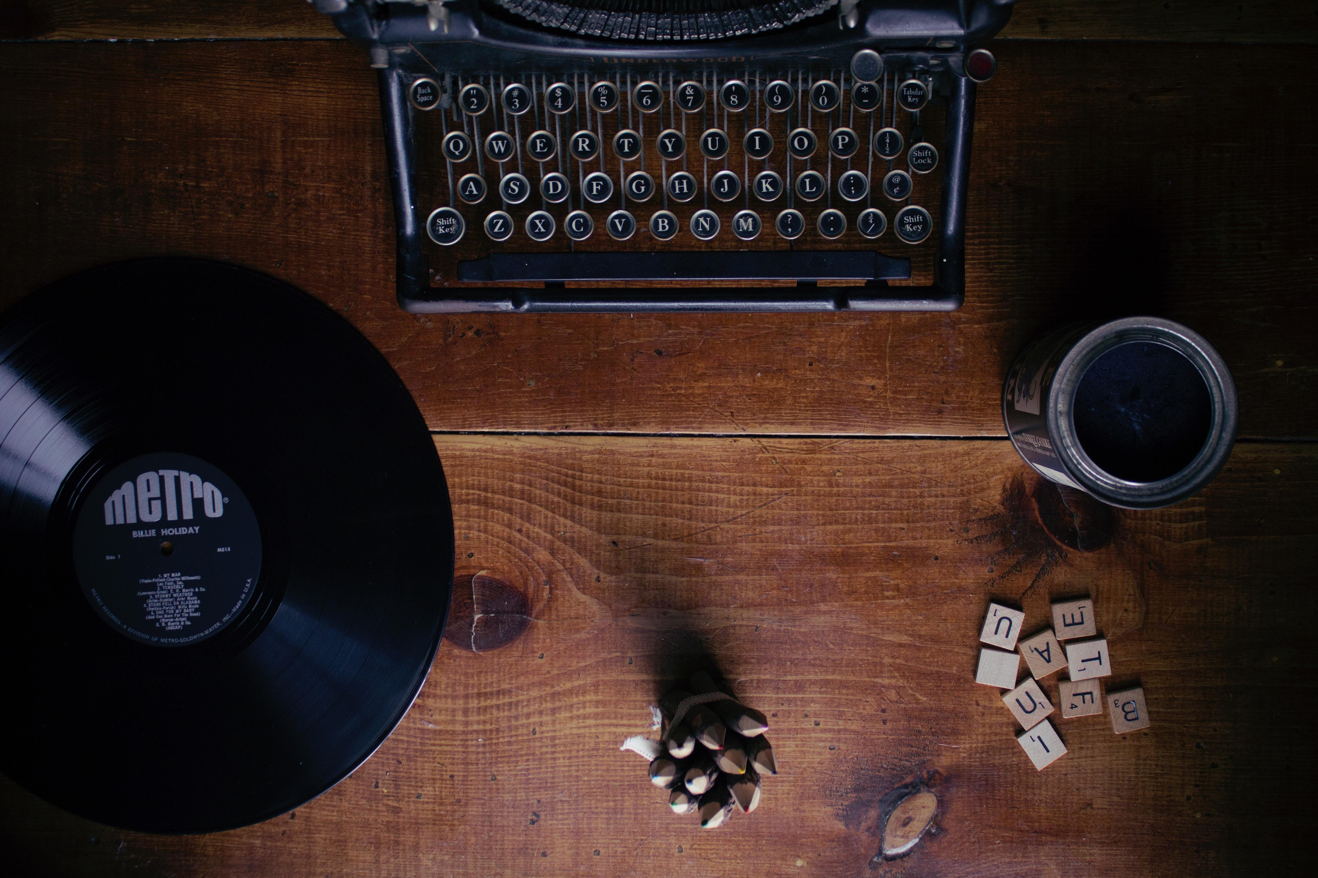 rédacteur web par anne-eleonore communication